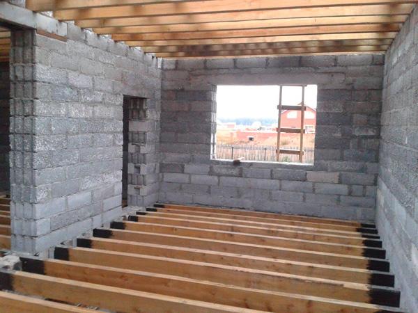 Строительство дома из полистиролбетонных блоков