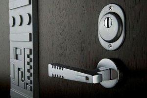 Классификация современных стальных входных дверей
