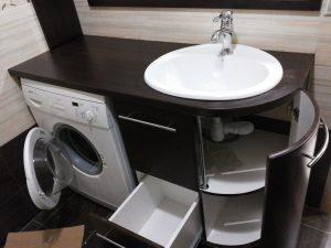 Раковина с тумбой в ванную комнату